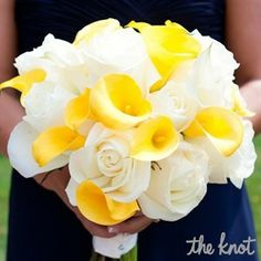 What a beautiful bouquet for the bridal party! The maid of honor bouquets were a beautiful blend of Janessa's bouquet of white roses and the bridesmaids' bouquets of yellow calla lilies. Calla Lillies, Calla Lily, Yellow Bridesmaids, Yellow Bouquets, Yellow Wedding Flowers, Bride Bouquets, Bouquet Flowers, Daffodil Bouquet, Prom Bouquet