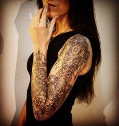 lacy-sleeve-tattoo-by-marcomanzotattoo
