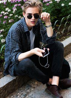 justdropithere: Dominik Sadoch - Male Models Street Style - Spring 2016 Men's Shows