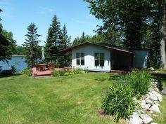 Benjamin Point in Brooklin Maine - Maine Vacation Rentals, Inc.