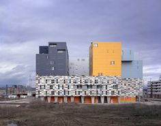 177 Apartamentos Subsidiados em Vitoria / Matos-Castillo Arquitectos (Bulevar de Salburua Kalea, Vitoria-Gasteiz, Álava, Espanha) #architecture