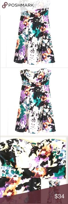 """Ink blot strapless watercolor swing dress Diosa strapless swing dress, watercolor ink blot splatter print, absolutely vibrant and beautiful, stretch poly/spandex fabric, feels like a thicker jersey dress, women's sz S bust = 30"""" without stretching, length from underarm = 26"""" in excellent condition. SB6 SKU 601175006 Diosa Dresses Strapless"""