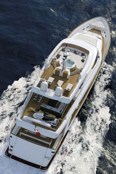 Arial view of the Navetta-33-Crescendo-Motor-Yacht-by-Ferretti-Custom-Line-4(Small Swimming pool!)