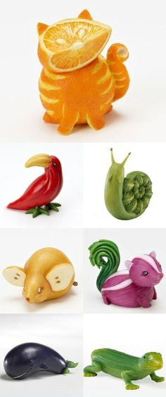 Fruit Carving - vegetable carving - Orange Cat, this is awesomeFruit Carving - vegetable carving - Orange Cat, Not that I have the time, but oh, so cute.fruit and veggie animals that onion skunk is precious! :D (diy fruit recipes)Make one special pho L'art Du Fruit, Deco Fruit, Fruit Art, Fun Fruit, Fruit Trays, Fruit Ideas, Fruit Cakes, Fruit Food, Fresh Fruit