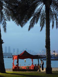 Hookah debajo de las estrellas en Dubai definitivamente es un #PrivilegioMarriott. JW Marriott Hotel Dubai