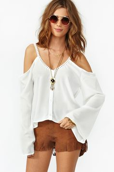 Capri Cutout Top in Clothes at Nasty Gal Look Fashion, Fashion Beauty, Fashion Outfits, Womens Fashion, Fashion Design, Date Outfits, Summer Outfits, Look Hippie Chic, Estilo Hippie