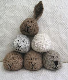 Little Cotton Rabbits: Posts from December 2006 Knitting Blogs, Knitting For Kids, Baby Knitting, Knitting Patterns, Crochet Patterns, Knitted Stuffed Animals, Knitted Bunnies, Knitted Animals, Pet Toys