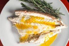 Whole Roasted Branzino With Tangerine-Fennel Vinaigrette Really nice recipes. Seafood Recipes, Gourmet Recipes, Healthy Recipes, Savoury Recipes, Entree Recipes, Healthy Food, Dinner Recipes, Roast Fish, Food Film