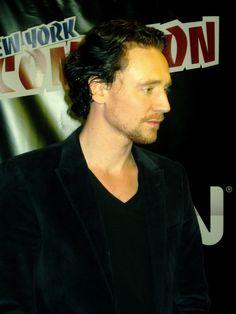 Tom Hiddleston https://www.flickr.com/photos/indycast/6335652008/in/photolist-aDRSBs-fA4N39-9zfrW8-d9ZdWy-ehAS1S-8mJD9W-fev3jD-feuW8x-ffHHpu-fehTov-fehRkX-dJduyM-ffHHjS-fexgy9-feK6WU-fexgZ5-fftuf8-fftu1V-fex8Lh-feKcSo-gWR1vd-fei1ST-ffHJuC-fei2oX-feK7K9-fexdo9-fehXp4-fev3RW-feg6Vv-c8t5c7-az9kUC-gR9eFk-cuYFPo-dz4Bou-h6VdQF-ig5BnH-bWZ14B-aowq8q-ho24rc-diQ5GS-bCJMW1-dTLgwn-cJQ8vL-aoRKdW-gf8bvB-bxVm1b-dvid1B-aotHJ8-ho3wVM-cBbkS7