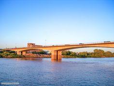 Burri bridge over the Blue Nile, Khartoum   كبري بري فوق النيل الأزرق #السودان   (By Nizar Talaat)  #sudan #khartoum #burri #bridge #nile
