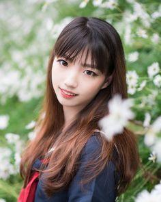 >> Even more adorable Asian Schoolgirls
