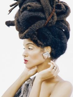 That's the most beautiful head full of locks I have ever ever seen. Beautiful woman but the LOCS are. Afro Punk, Hair Afro, Hair Locks, Curly Hair Styles, Natural Hair Styles, Natural Beauty, Pelo Natural, Natural Hair Inspiration, Afro Hairstyles