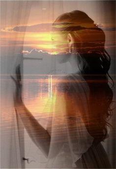 PEDI AO VENTO...  Pedi ao vento Aspirar  Você Meu rei Todo o seu amor por mim Pedi ao vento Assoprar  Corrente de ar Ventania Traga-me você para mim Pedi ao vento Brisa de paixão Ternura, afeto, união Romancear Amor sem fim Pedi ao vento Nos meus pensamentos Quimeras Que seja assim...    MárciaMarko
