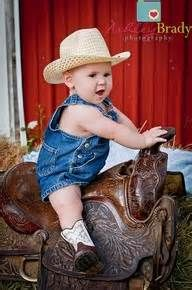 Did a newborn pic in my saddle have to do a 1 year :)