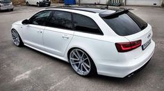 with nice rims. Audi Allroad, Audi Rs6, Vw Wagon, Audi Wagon, Wagon Cars, Audi Quattro, Audi Kombi, Cadillac, Sports Wagon