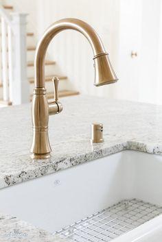 35 best delta kitchen faucets images delta faucets kitchen rh pinterest com