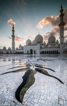 Sheikh Zayed Grand Mosque - Abu Dhabi, UAE.  Photo credit: Bohindi Abdulla, via 500px    The marble floor is always cool to the touch even in the UAE's blast furnace summer.