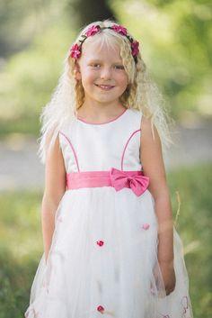 Such a cute bridesmaid