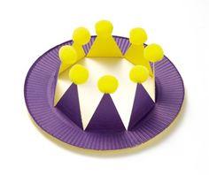 진짜 재미있는 접시 놀이 : 엄마가 만든 놀이용품 : 네이버 포스트 Paper Crafts, Diy Crafts, Art Therapy, Handicraft, Book Art, Crafts For Kids, Birthdays, Nursery, Plates