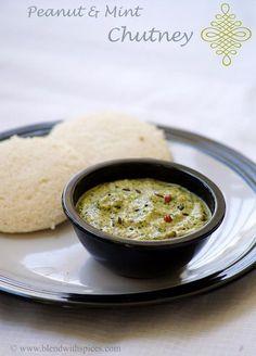 I love chutney. Peanut Mint Chutney Recipe for Idli / Dosa Indian Snacks, Indian Food Recipes, Gourmet Recipes, Asian Recipes, Vegetarian Recipes, Cooking Recipes, Ethnic Recipes, Indian Appetizers, Curry Recipes