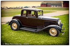 1932 Ford Deuce Five Window Coupe