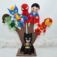 Lembrancinhas de festa infantil em forma de dedoches. Hulk, Homem Aranha, Super Homem, Homem de Ferro, Batman, Wolverine. a festa de seu filho recheada de super poderes.Confeccionado em feltro e preenchimento com fibra acrílica. Mede aproximadamente 11 cm R$ 54,00