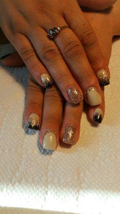 #lightelegance #nails #gel # vanillabean #blacktie #champagne