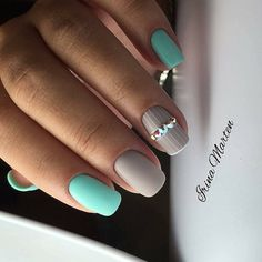 Try some of these designs and give your nails a quick makeover, gallery of unique nail art designs for any season. The best images and creative ideas for your nails. Pretty Nail Colors, Pretty Nail Designs, Pretty Nails, Nail Art Designs, Hair And Nails, My Nails, Uñas Fashion, Nailed It, Nail Design Video