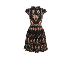 Oasis brings the latest high street fashion online from dresses to boots, jeans to accessories. Lbd Dress, Chic Dress, Skater Dress, Black Satin Dress, Satin Dresses, Vermont, Oasis Dress, Best Prom Dresses, Dress To Impress