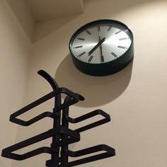 New kitchen essentials Robert Welch, Kitchen Essentials, New Kitchen, Icon Design, Clock, Vintage, Watch, Kitchen Utensils, Clocks