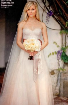 Reese Witherspoon in her light pink wedding dress. looks like she's wearing a sash around the waist. Light Pink Wedding Dress, Colored Wedding Gowns, Pink Wedding Dresses, Blush Pink Weddings, Dress Wedding, 2nd Marriage Wedding Dress, Wedding Reception, Celebrity Wedding Dresses, Dream Wedding