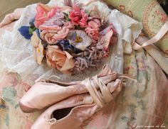 Pointe shoes and hat