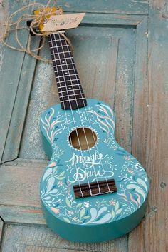 The ukulele of the first serenade Arte Do Ukulele, Ukulele Songs, Ukulele Chords, Luna Ukulele, Guitar Painting, Guitar Art, Acoustic Guitar, Ukulele Tumblr, Ukelele Painted