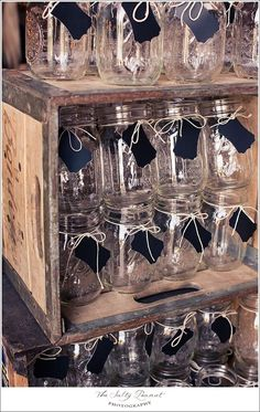 small black tag on mason jar for guests to write their name or initials in chalk.