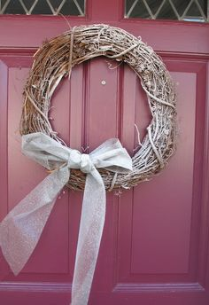 The 5-Minute Snow Wreath >> http://blog.diynetwork.com/tool-tips/2012/11/16/the-5-minute-diy-snow-covered-wreath/?soc=pinterest