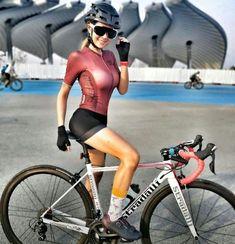 Girl sits on bicycle Bicycle Women, Bicycle Girl, Radler, Female Cyclist, Cycling Girls, Cycle Chic, Bikini Workout, Biker Girl, Athletic Women