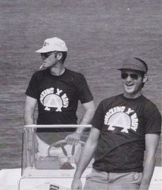 How awesome would it be to be on this boat ride? Hunter S. Thompson and Bill Murray.