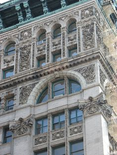 487  broadway building detail soho cast iron district NYC