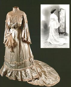 Wedding Dress   c.1900  -  From The Collection Of Dona Ana Gonzalez-Mor Via Historia de la Moda y los Tejidos