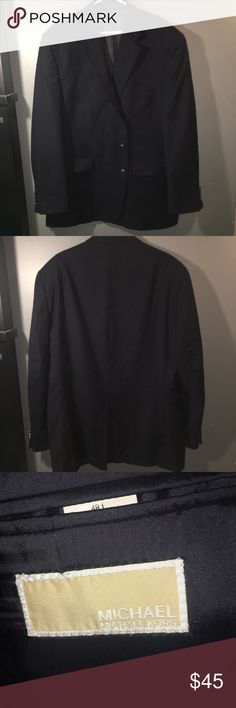 Michael Kors Men's Navy Suit Blazer Men's Navy double button closure suit blazer jacket in a size 48 L, 100% Wool! Includes metal buttons and is Gently worn with zero flaws or signs of wear. Original value is $295 MICHAEL Michael Kors Suits & Blazers Sport Coats & Blazers