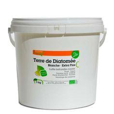 Terre de diatomée véritable blanche extra fine. Non calcinée, qualité alimentaire. Idéale pour la maison et les animaux domestiques. Seau hermétique 4 + 1 kg gratuit