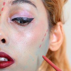 Looking for for ideas for your Halloween make-up? Browse around this site for cool Halloween makeup looks. Beauty Makeup Tips, Diy Makeup, Beauty Hacks, Makeup Crafts, Free Makeup, Creative Makeup, Party Makeup, Makeup Kit, Makeup Brush