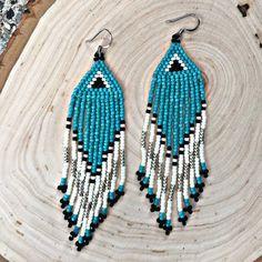 Aqua Seed Bead Earrings, Beaded earrings, Seed bead earrings, Native earrings, Fringe earrings, Boho