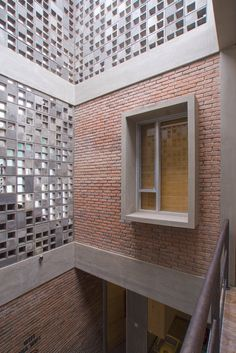 Gallery of Bioclimatic and Biophilic Boarding House / Andyrahman Architect - 2