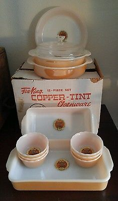Fire King Ovenware Copper Tint aka peach luster, 12 Piece Set with Original Box & Labels Marked down! Vintage Bowls, Vintage Dishes, Retro Vintage, Vintage Pyrex, Vintage Fire King, Antique Glassware, Vintage Kitchenware, Diy Kitchen Decor, Kitchen Items