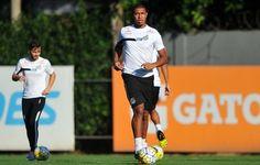 Antes de clássico, Rodrigão treina pela primeira vez em campo no Santos  https://www.facebook.com/clomanaka/shop