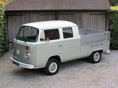 1977 VW - Double Cab in immaculate condition. Vw Kombi Van, Vw Bus T2, Bus Camper, Volkswagen Bus, Vw T1, Vw Pickup, Custom Pickup Trucks, Wolkswagen Van, Mk1