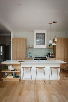Josh Jenna Modern Mid-Century Kitchen Freedom Kitchens Caesarstone Fresh Concrete (2)