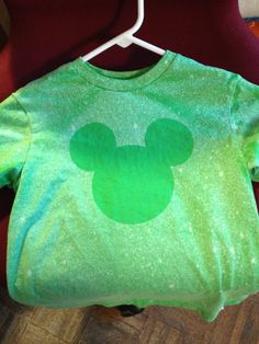 Disney - t-shirt with freezer paper and cricut.