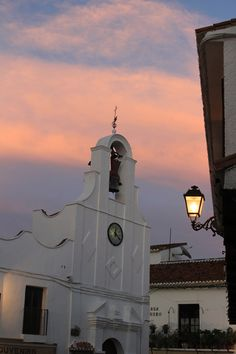 Sunset in Mijas, Andalusia, Spain Mijas Spain, Andalucia Spain, Beautiful Places To Visit, Oh The Places You'll Go, Beautiful World, Spain Culture, Best Sunset, World View, Spain And Portugal